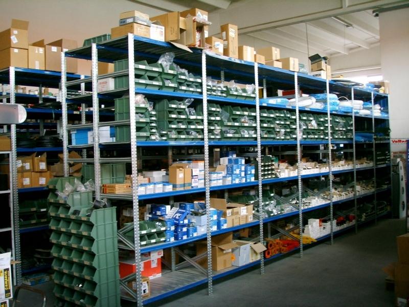 Scaffalatura zincata per magazzino