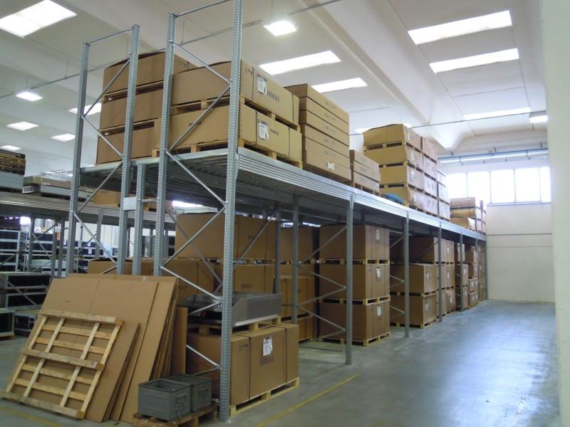 scaffalatura industriale porta pallet 1
