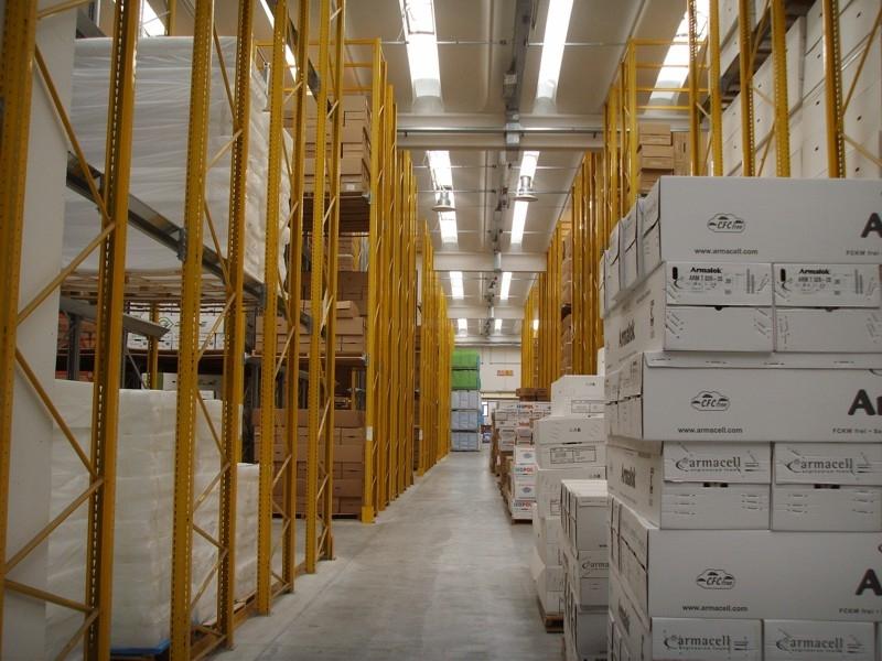 Scaffalatura industriale drive-in 1