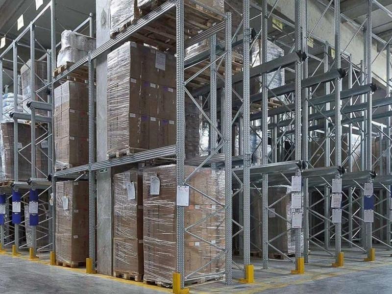 Scaffalatura industriale drive-in 12