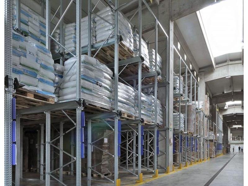 Scaffalatura industriale drive-in 14