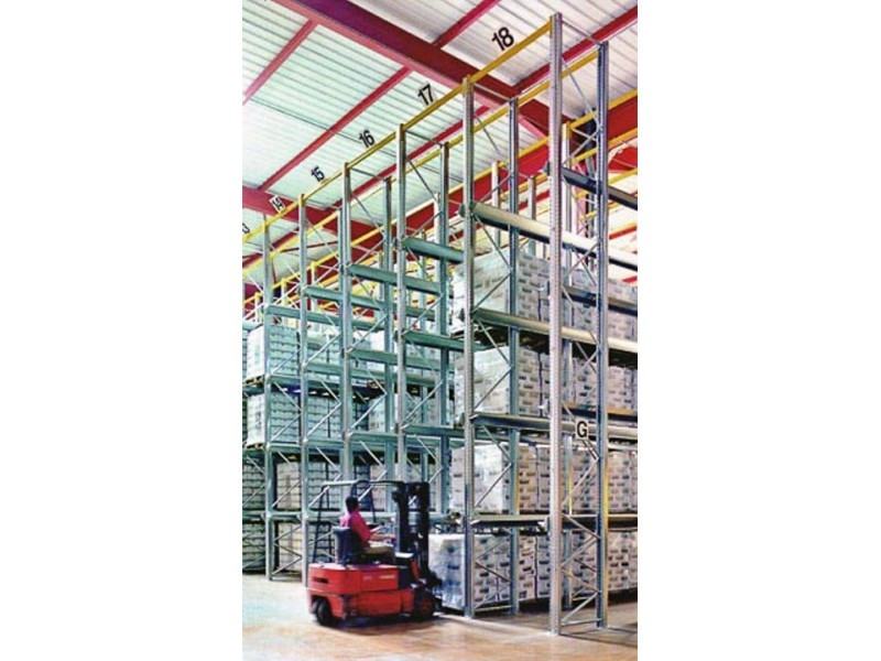 Scaffalatura industriale drive-in 15