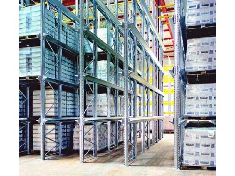 Scaffalatura industriale drive-in 16
