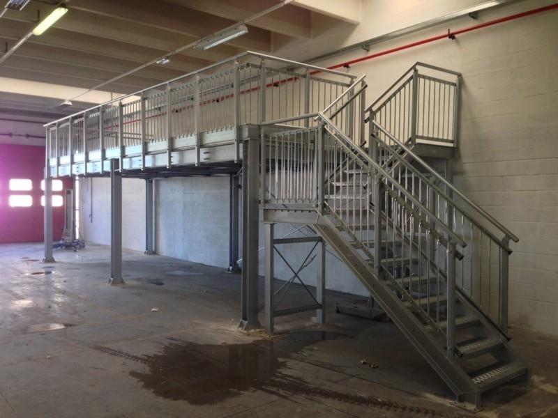 scale industriali da magazzino 12