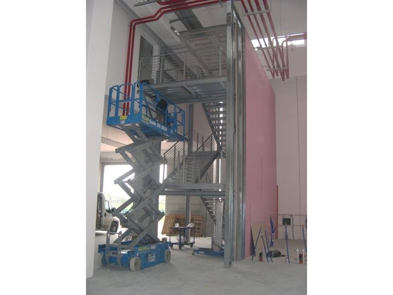 scale industriali da magazzino 14