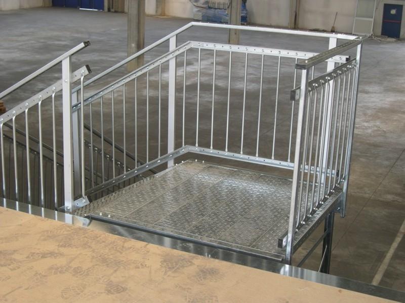 scale industriali da magazzino 18
