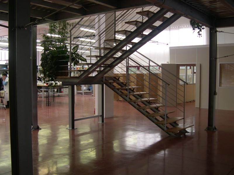 Scala industriale uso pubblico 9