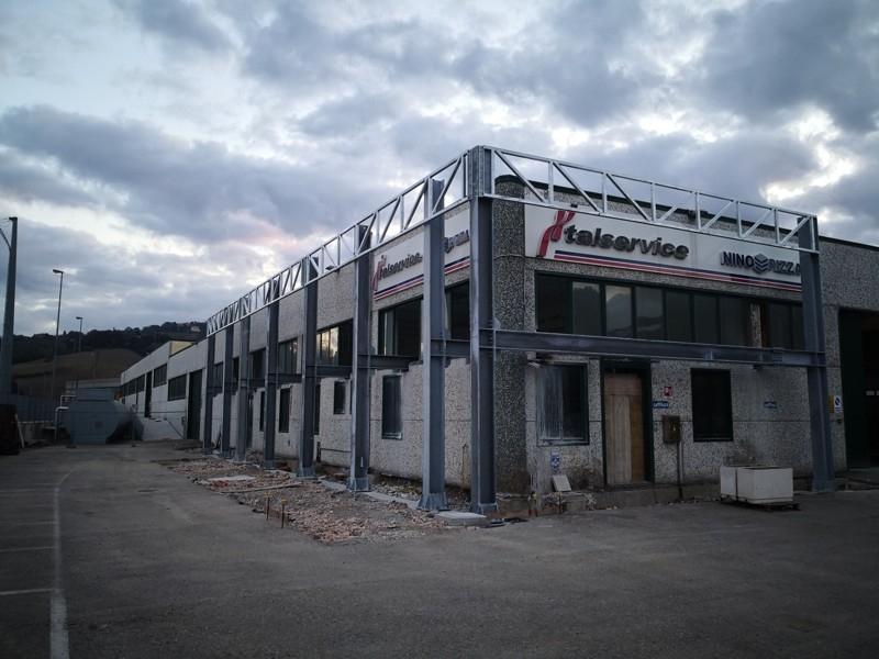 tettoia industriale da esterno 16